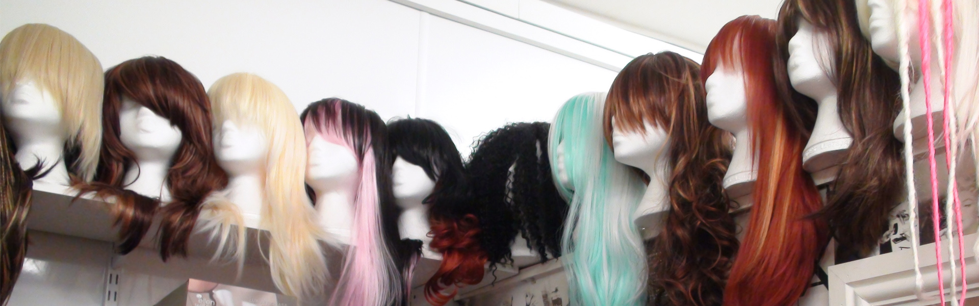 wigs-bg